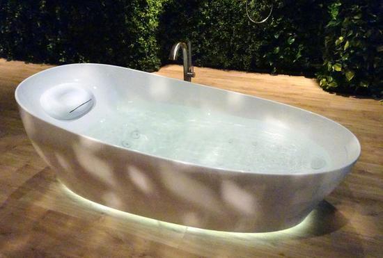 "Toto继智能马桶后推出智能""漂浮浴缸"""